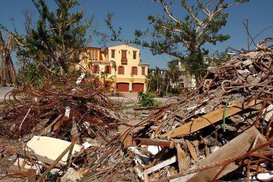 Disaster  Restoration  &  Management   (   Residential  &   Commercial  )